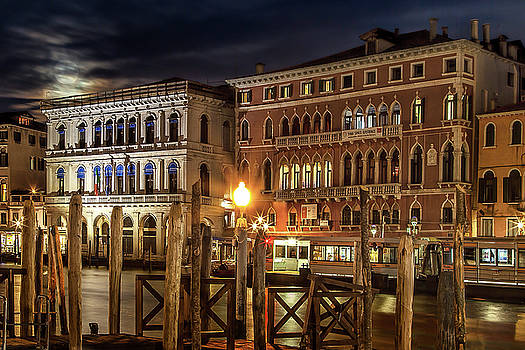 Full Moon over Venice by Andrew Soundarajan