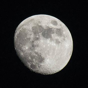 Ross G Strachan - Full Moon