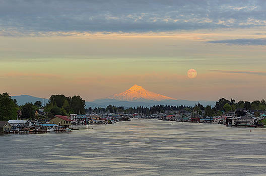 Full Moonrise over Mount Hood along Columbia River by David Gn