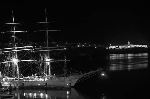 Pedro Cardona Llambias - fully rigged in Port Mahon at night