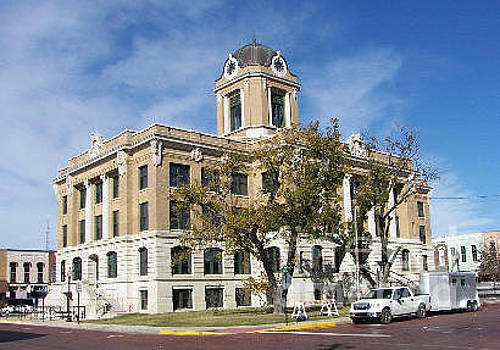 Gainesville County Courthouse by Ruth Housley