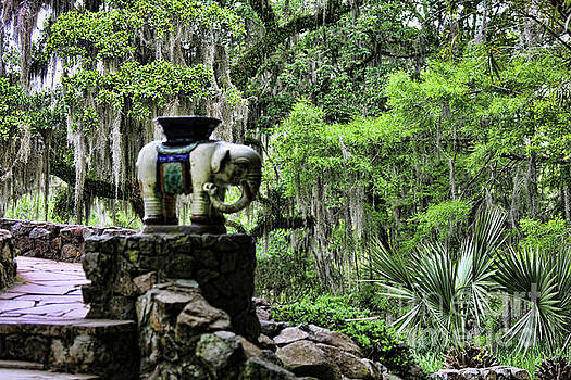 Chuck Kuhn - Garden Avery Island Temple