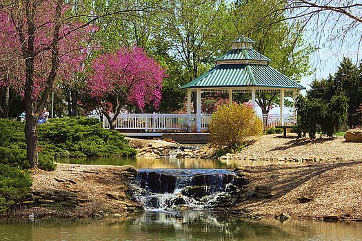 Garden Park 2 by Jim  Darnall