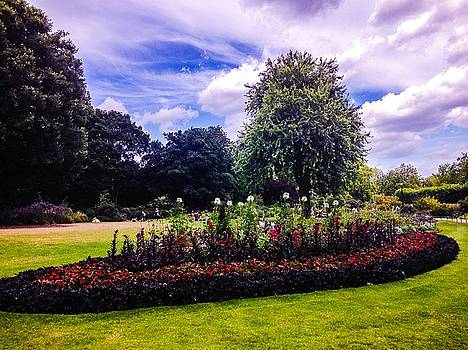 Gardens by Emmanuel Varnas