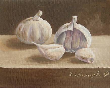 Garlic by Eleonora Mingazova