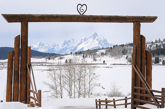 Reimar Gaertner - Gate Arch of Heart Six Ranch in Buffalo Valley in winter framing