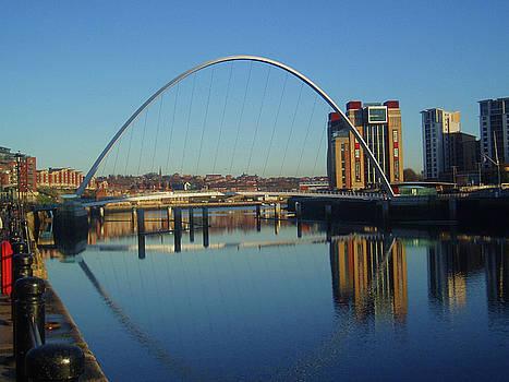 Gateshead Millennium Bridge by David Devine