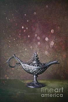 Sandra Cunningham - Genie lamp on old book