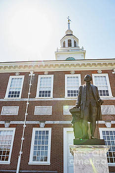 George Washington at Independence Hall by Leslie Banks