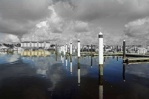 Georgetown Marina by Bill Kennedy