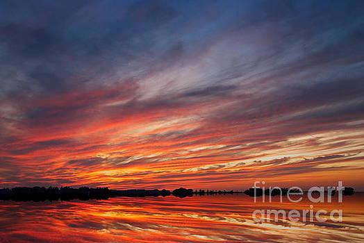 Meditative Sky by Andrea Kollo