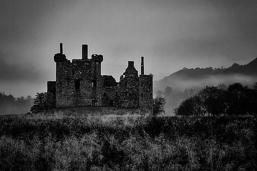 Guy Shultz - Ghost of Kilchurn