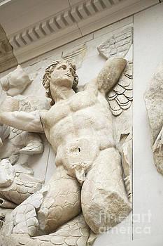 Patricia Hofmeester - Gigantes  with Eros