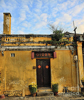 Chuck Kuhn - Gioan Ancient Architecture Hoi An