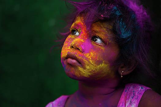 Mahesh Balasubramanian - Girl during Holi Festival