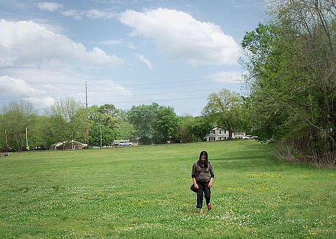 Tila - Girl in Field