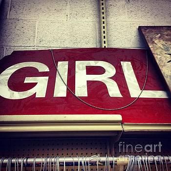 Elizabeth Hoskinson - Girl Power
