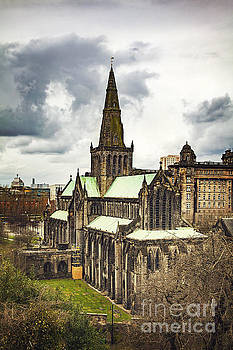 Sophie McAulay - Glasgow cathedral