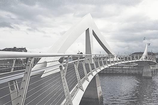 Jenny Rainbow - Glasgow Squiggly Bridge. Vintage Collection