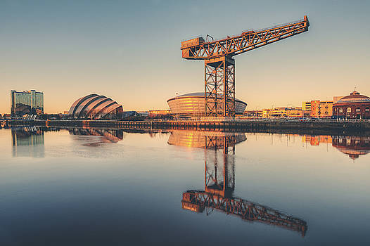Glasgow Sunset by Ray Devlin
