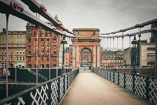 Glasgow Suspension Bridge by Daniela Safarikova