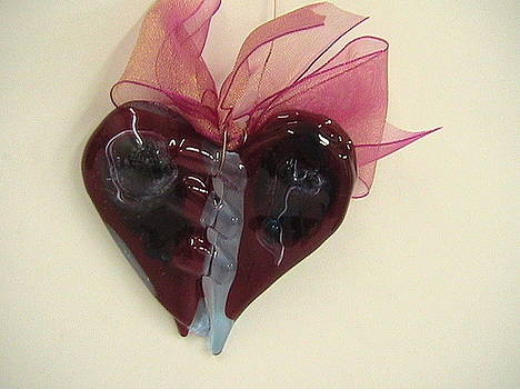 Glass Red Heart by Jolanta Sokalska