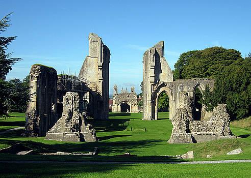 Kurt Van Wagner - Glastonbury Abbey 1