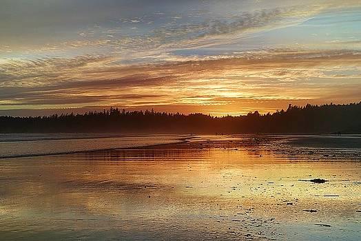 Long Beach I, British Columbia by Heather Vopni