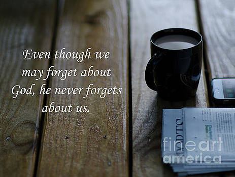 Dale Powell - God Never Forgets