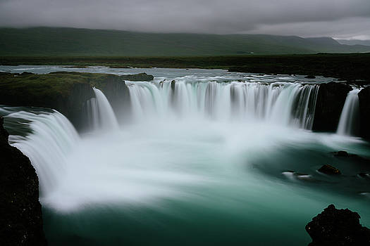 Godafoss by David Zhao