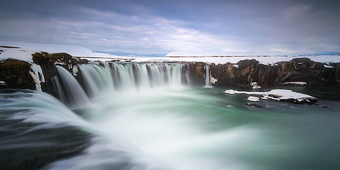 Godafoss by Tor-Ivar Naess