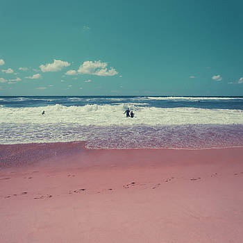 Going Surfing by Dirk Wuestenhagen