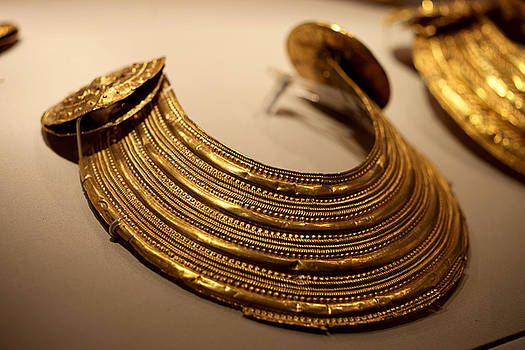 Gold Collar 800 BC by Robert Phelan