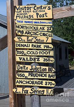 Gold Dredge 8 Signpost by Robert Pilkington