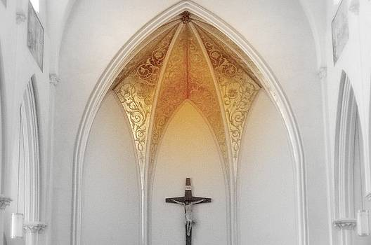 Golden Altar.. by Al  Swasey