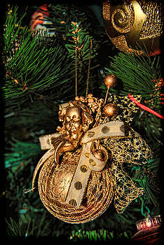 Isam Awad - Golden Christmas Ornament