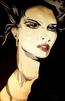 Golden Diva by Lelia DeMello