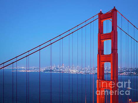 Golden Gate Blue Hour by Felix Choo