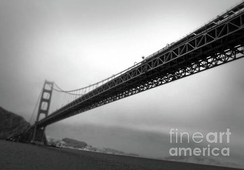 Gregory Dyer - Golden Gate Bridge - black and white