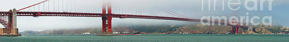 Golden Gate Bridge by HD Connelly