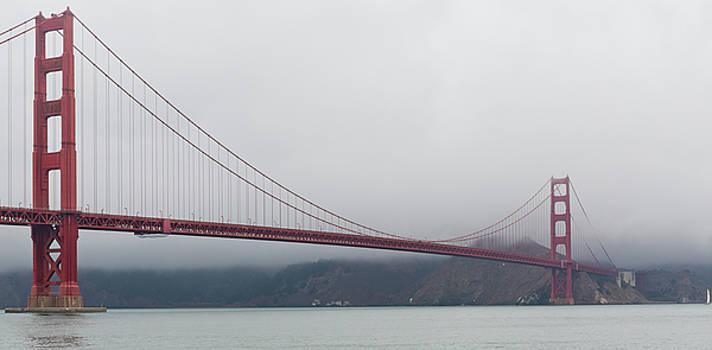 Golden Gate Bridge by Maj Seda