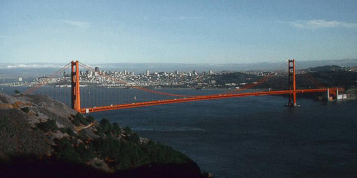 Art America Gallery Peter Potter - Golden Gate Bridge San Francisco Panorama