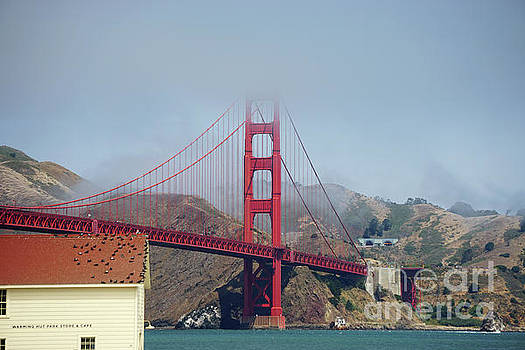 Golden Gate Bridge Scenic by HD Connelly