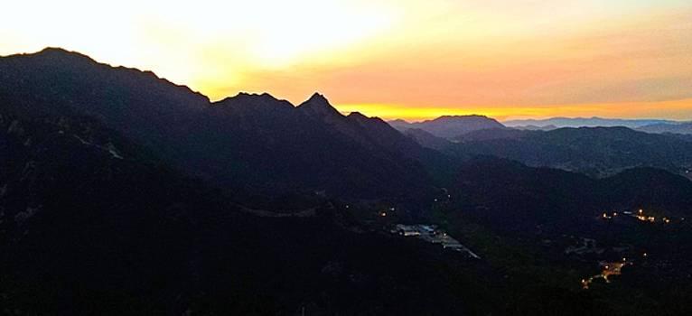 Tommi Trudeau - Golden Hour in Malibu Hills 4