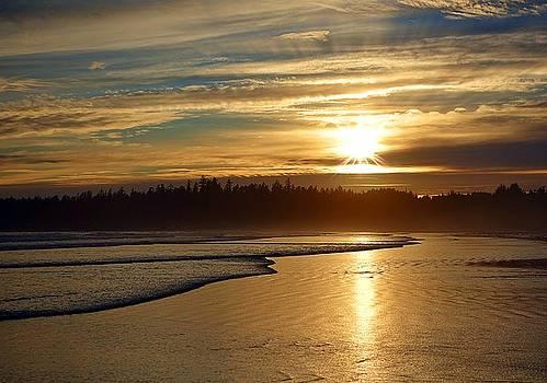 Long Beach, British Columbia by Heather Vopni