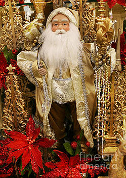Golden Santa by Lynn Jackson