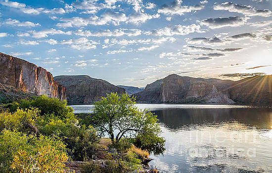 Golden Sunrise - Canyon Lake by Leo Bounds