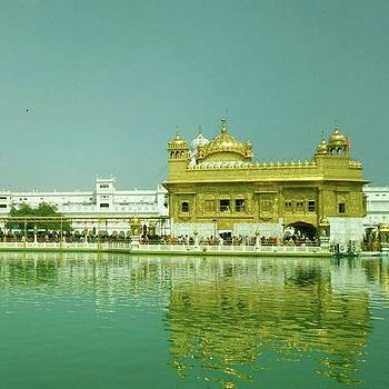 Golden Temple (amritsar Punjab,india)  by Rajesh Yadav