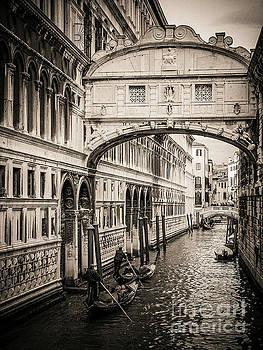 BERNARD JAUBERT - Gondola passing under the Bridge of Sighs, Venice