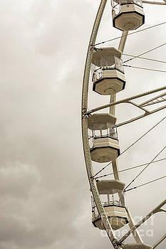 Gondola Ride 1 by Steve Purnell